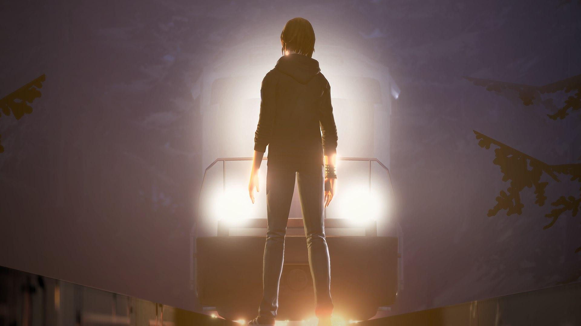 Хлоя стоит перед поездом в Before the Storm