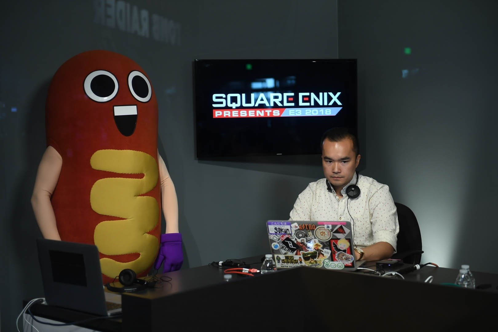 Сосисыч во время стрима на Twitch-канале Square Enix Presents